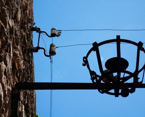 Impianti elettrici e permesso di passaggio
