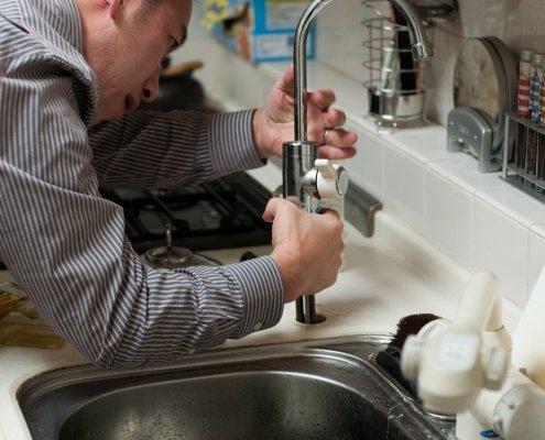 Sicurezza sul lavoro: il privato è responsabile dell'infortunio dell'operaio che lavora in casa